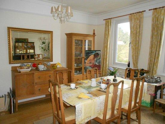 Joanna's B & B: Dining Room