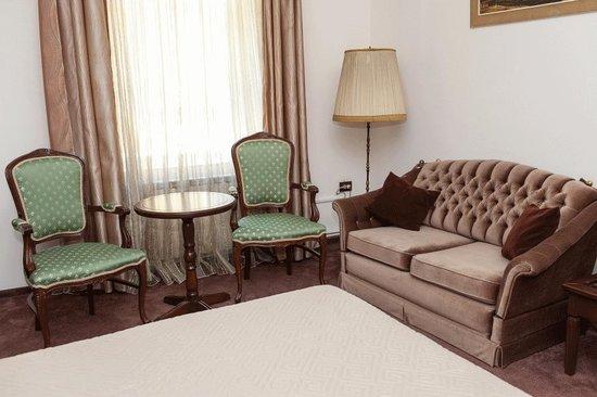 Hotel Royal Craiova: Double Superior Room