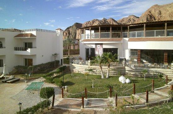 Sea Sun Hotel Dahab: utsikt till huvudbyggnad
