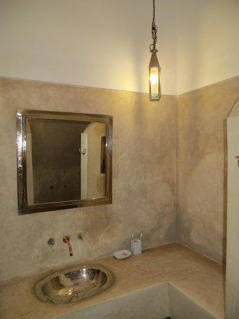 Riad Ariha: salle de bain