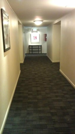 Best Western Plus Boulder Inn: Hallway