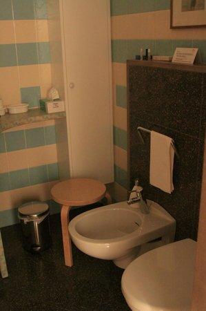 B&B Bologna nel Cuore: bathroom