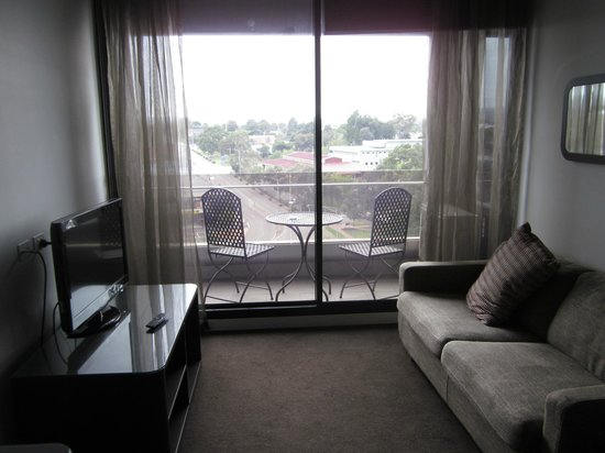 Punthill Dandenong: Loungeroom