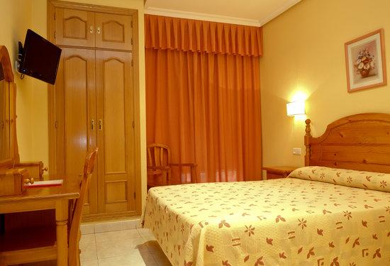 Habitación doble 1ó 2 camas Hostal Toledo