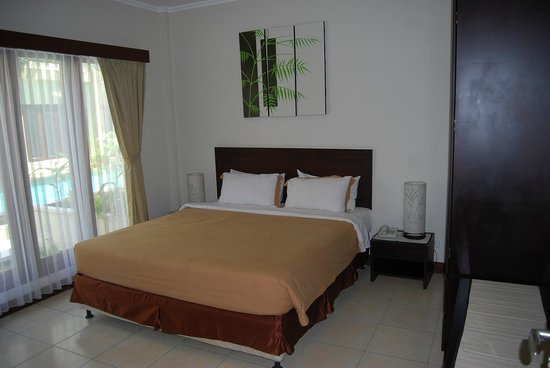 Kuta Town House Apartments: master bedroom (2bedroom) #127