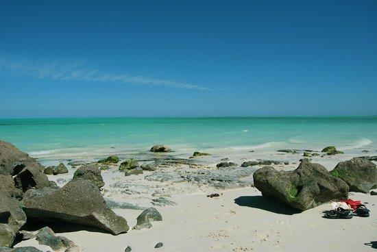 La punta di Smeralda Bay e i colori del mare