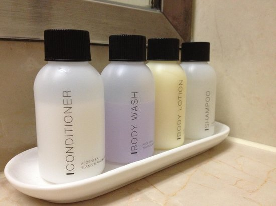 The Suites Hotel Jeju: Toiletries