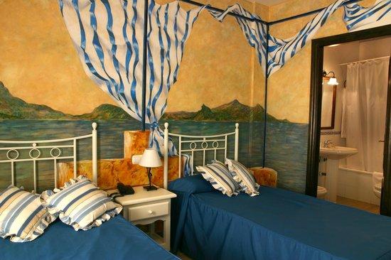 Hotel Las Rosas: Habitacion