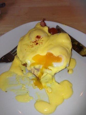 Cafe at Kilcreggan: Egg breakfast.....