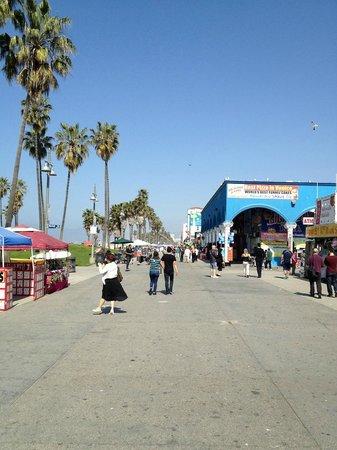 Venice beach boardwalk boardwalk