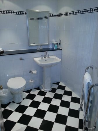 Woughton House - MGallery by Sofitel (was Mercure Parkside House): Bathroom photo 1