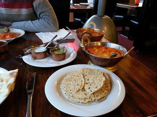 BOMBAY: Paneer butter masala, Butter chicken, rice & naan