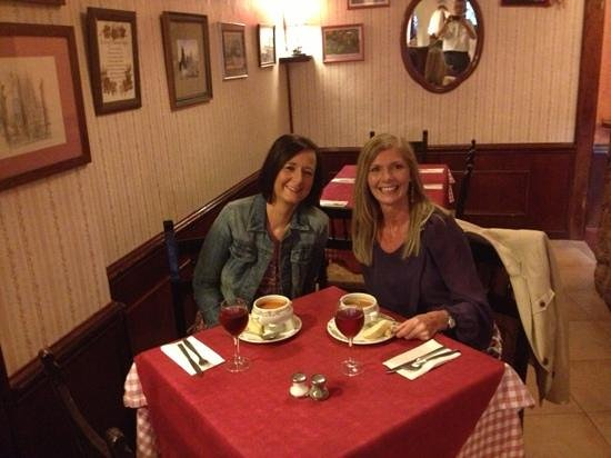 Mrs Murphy's Kitchen: Fantastic food and Ambiance