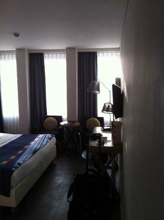Park Inn by Radisson Antwerpen: Bedroom