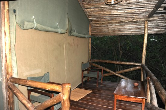 Kirurumu Manyara Lodge: entrance, tent#1