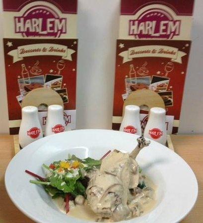 Harlem Cafe Bar Restaurant: Irish chicken supreme, topped with shallots, mushrooms and an Irish whiskey cream sauce