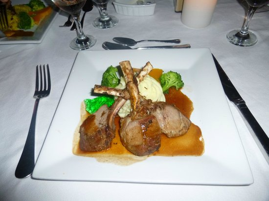 Mango Bay All Inclusive: lamb chops :)