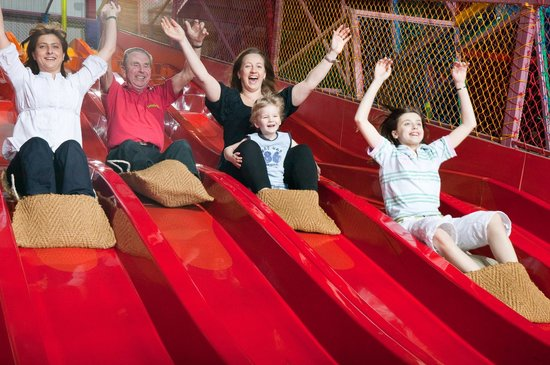 Twinlakes Park: The UK's Largets Indoor Play Centres