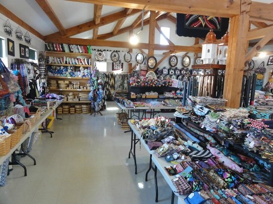 Riehl's Quilts and Crafts: A Huge variety