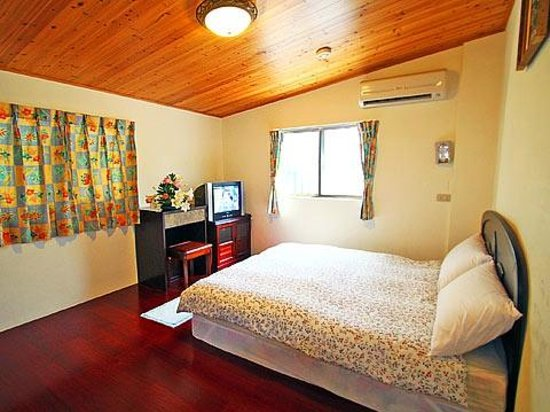 Jaja Homestay: a single room