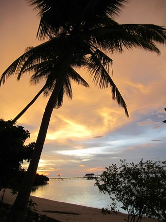 Raja Ampat Dive Lodge: Sunset