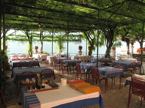 Hotel Stella d'Italia: Outdoor dining area