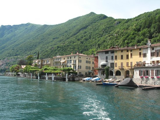 Hotel Stella d'Italia: Hotel on the left in distance taken from boat on lake