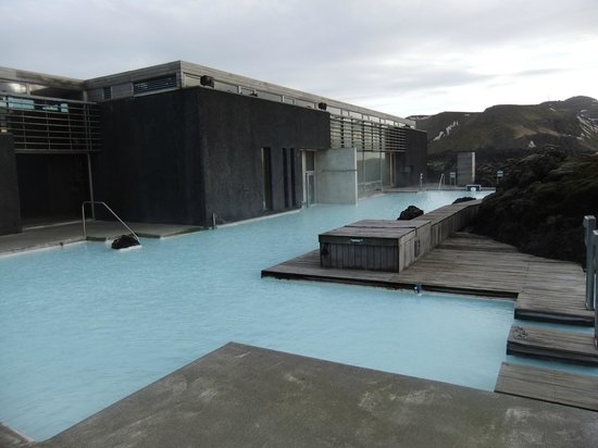 Blue Lagoon Clinic: hotel pool area
