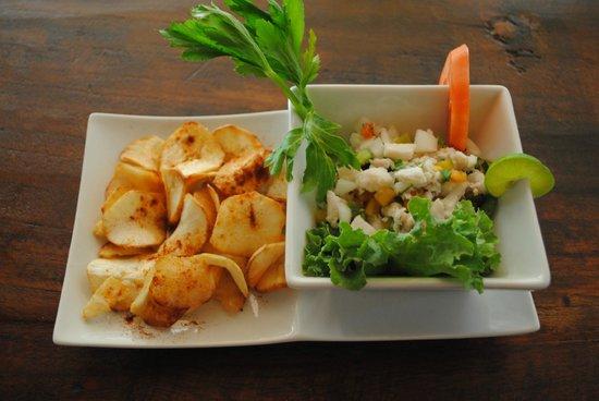 Shi Sha Cafe & Tapas Bar : Fresh Ceviche made from Corvina