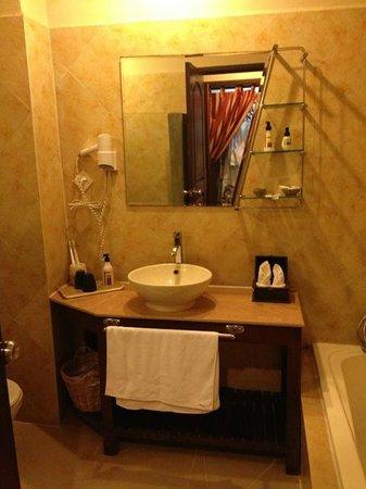 Pavillon d'Orient Boutique-Hotel : Sink