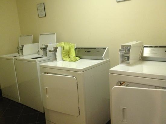 Super 8 Danville: laundry facility