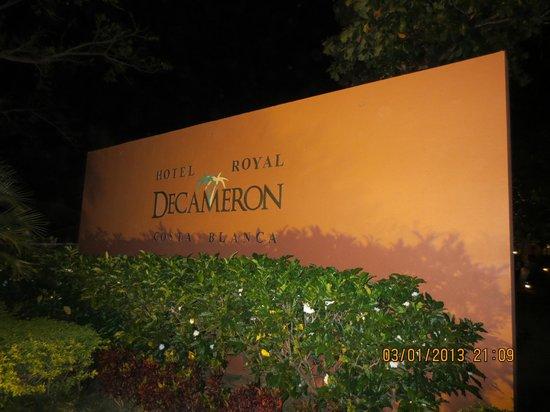 Royal Decameron Golf, Beach Resort & Villas: Entrée sur le resort