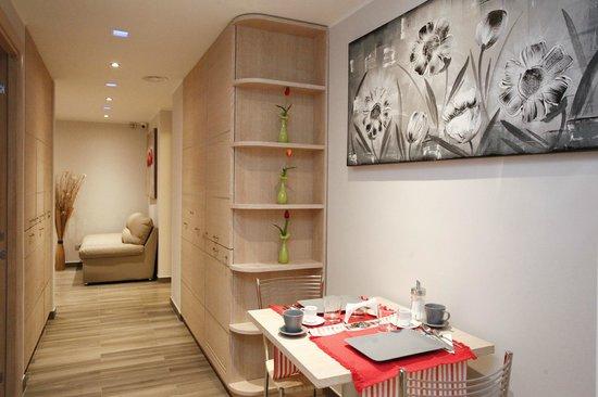 Casa Eli Roma: Breakfast area