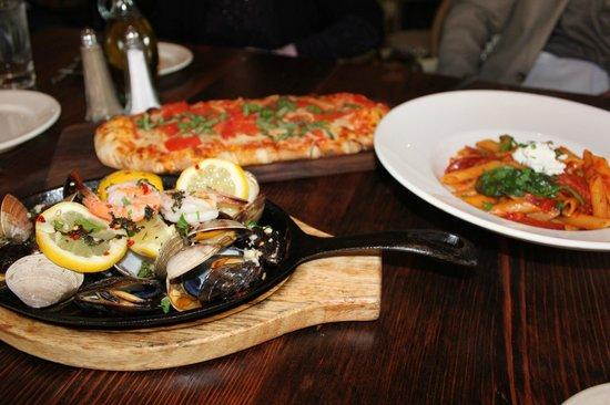 BEST WESTERN PLUS The Tuscan: ホテルのイタリアンレストラン Café Pescatore