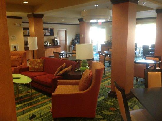Fairfield Inn & Suites Titusville Kennedy Space Center: Lobby