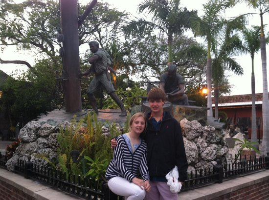 Memorial Sculpture Garden: Sculpture garden
