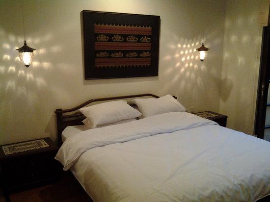 Rumah Dangdos B&B : King size bed