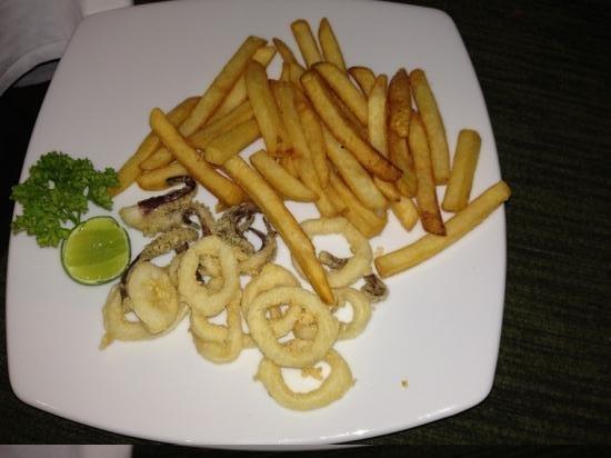 Uncle Nan's Italian Restaurant: piatto di calamari fritti( presa in giro)