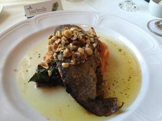 Tourterelle Restaurant : Trout with Hazelnuts
