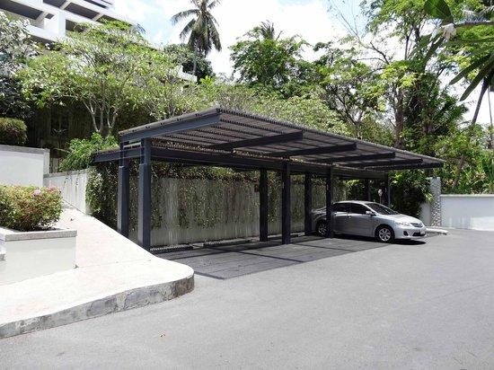 Serenity Resort & Residences Phuket : parking voiture