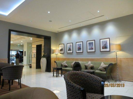 DoubleTree by Hilton Hotel London - Marble Arch: Sala espera