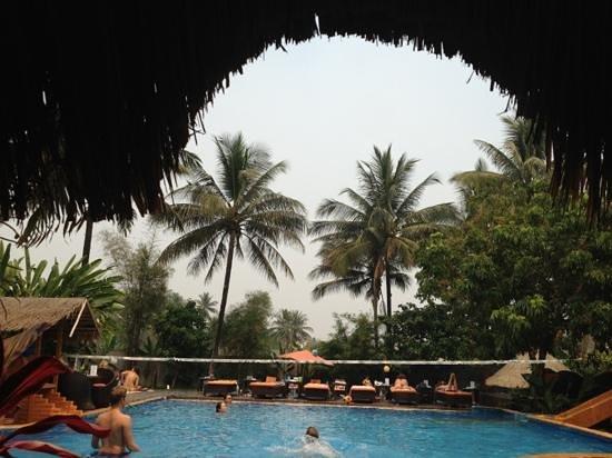 La Pistoche Swimming Pool & Bar : waterball