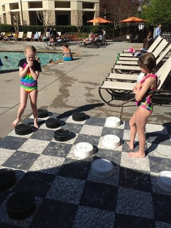 Atlanta Evergreen Marriott Conference Resort: giant checkers