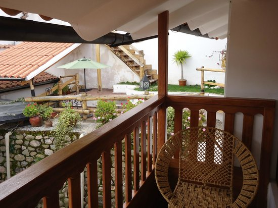 Quinua Villa Boutique: Patio and Courtyard