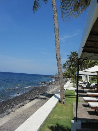 Siddhartha Ocean Front Resort & Spa: Strand