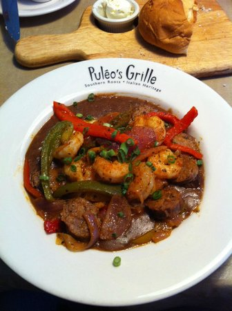 Puleo's Grille: Shrimp and grits