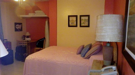 Ceiba Country Inn: Bed