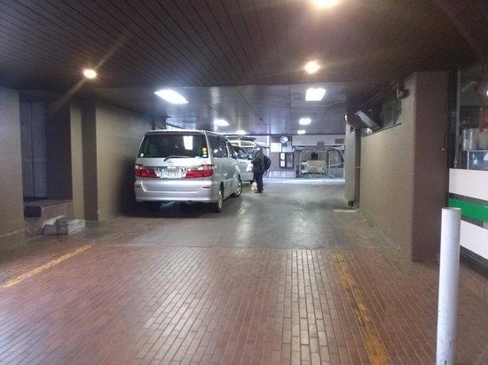 Hotel Sun City Chiba: 駐車場