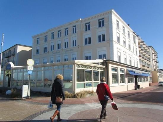 Strandhotel Georgshöhe: Hoteleingang