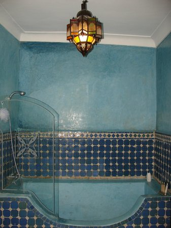 Riad Mur Akush: the beautiful bathroom